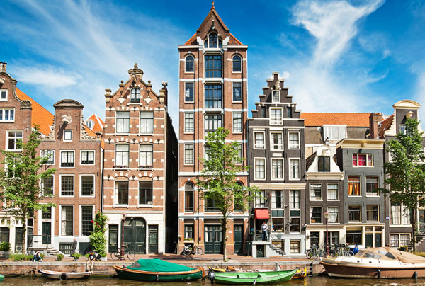 Mr. Amsterdam Guide - Information and Planning